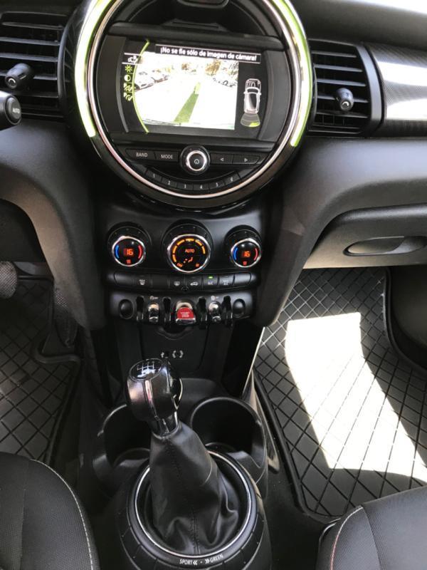 Mini Cooper F56 año 2018