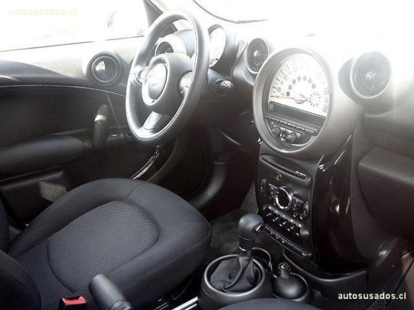 Mini Countryman COOPER año 2011