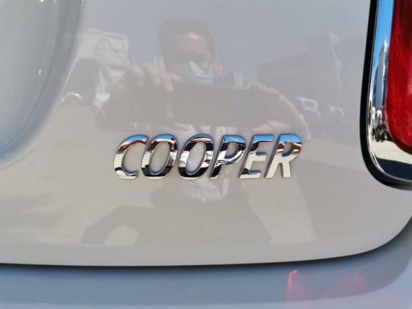 Mini F56 COOPER año 2019