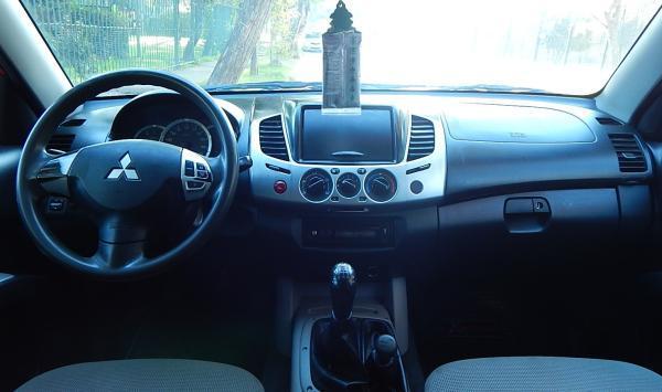 Mitsubishi Katana L200 424 L200 KATANA CRt 4X4 2 año 2014