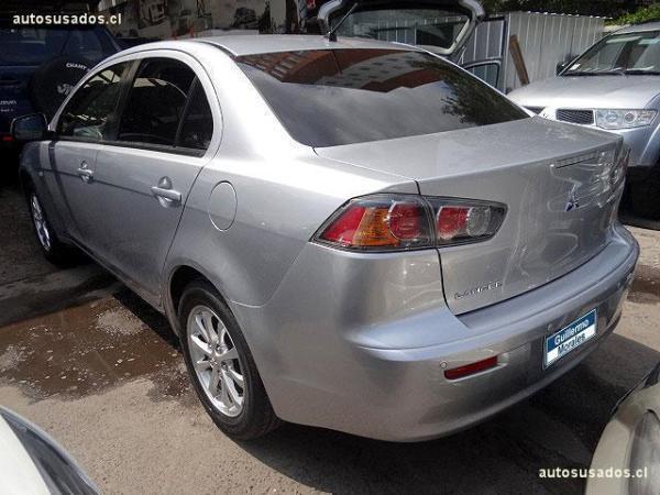Mitsubishi Lancer R/S año 2011