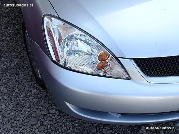 Mitsubishi Lancer  año 2011