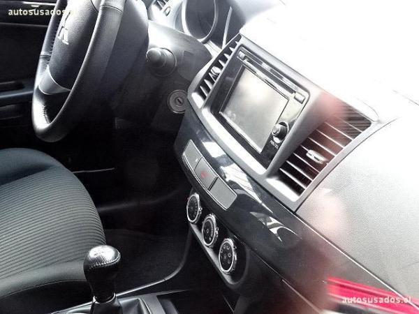 Mitsubishi Lancer RT año 2015