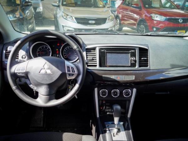 Mitsubishi Lancer Lancer 1.8 año 2017