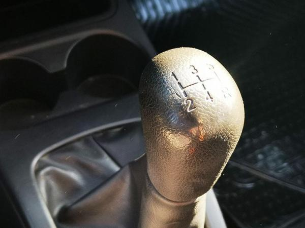 Mitsubishi Mirage GL año 2015