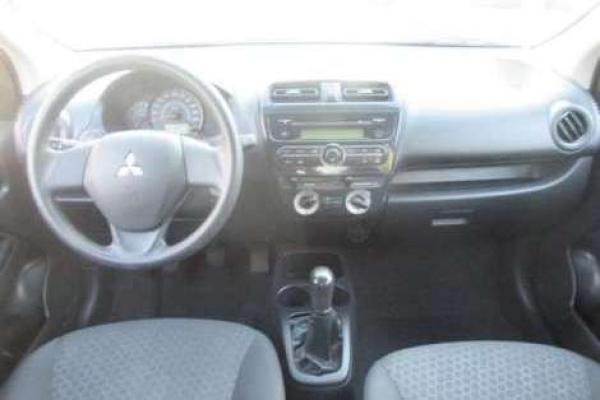 Mitsubishi Mirage GL 1.2 año 2015