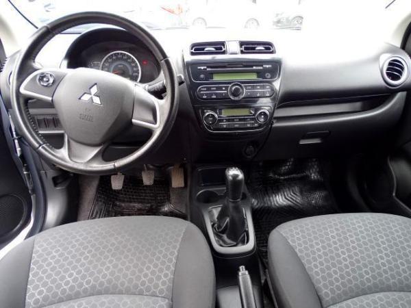 Mitsubishi Mirage  año 2015