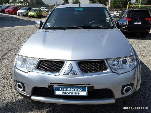 Mitsubishi Montero  año 2011
