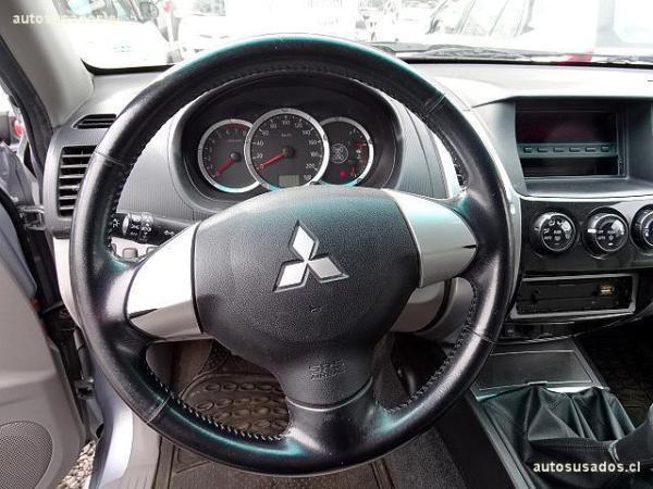 Mitsubishi Montero G2 SPORT año 2011