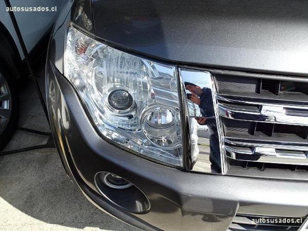 Mitsubishi Montero CR año 2013