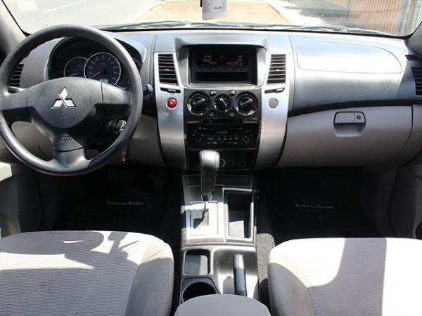 Mitsubishi Montero G2 2.5 año 2013