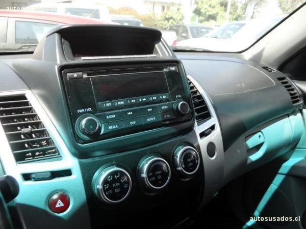 Mitsubishi Montero SPORT G2 2.5 año 2015