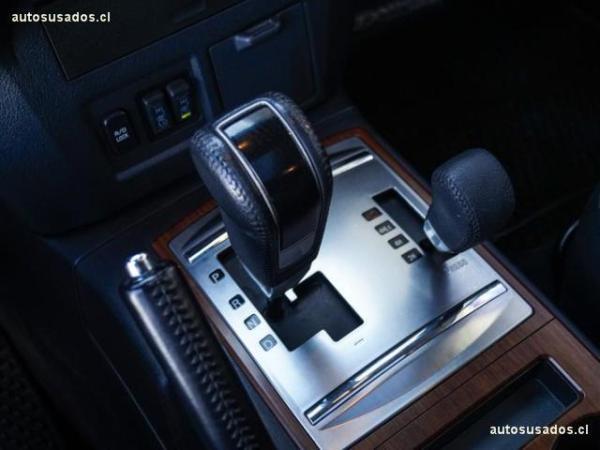 Mitsubishi Montero CR 4X4 3.2 AT año 2015