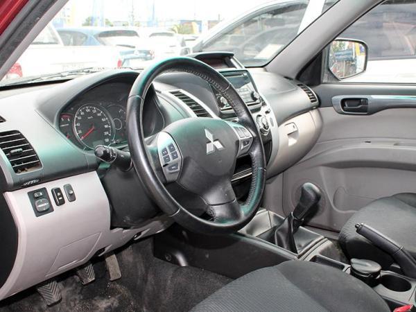 Mitsubishi Montero MONTERO SPORT G2 2.5 MT año 2015