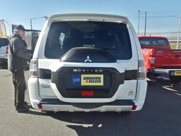 Mitsubishi Montero MONTERO 4X4 3.2 año 2016