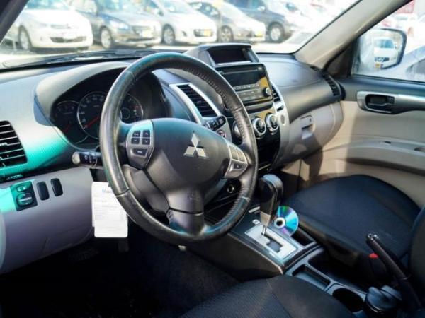 Mitsubishi Montero MONTERO SPORT G2 2.5 año 2016