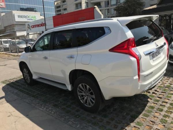 Mitsubishi Montero gls año 2018