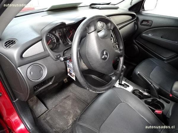 Mitsubishi Outlander GLS año 2005