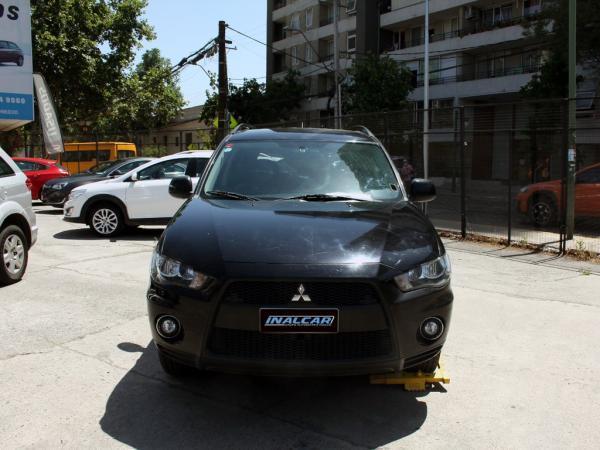 Mitsubishi Outlander K2 GL 2.4 año 2011