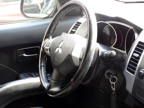 Mitsubishi Outlander MT 4X2 año 2012