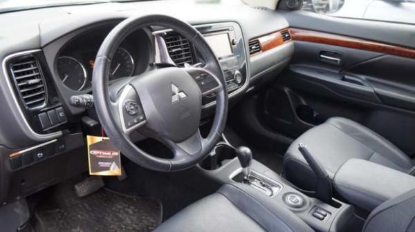 Mitsubishi Outlander GLS año 2014