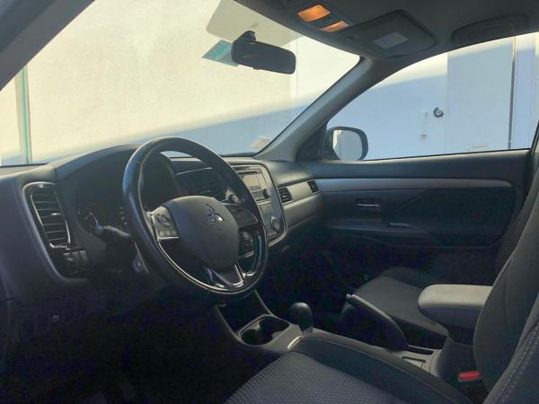 Mitsubishi Outlander 2.4 GLX 4X4 año 2016