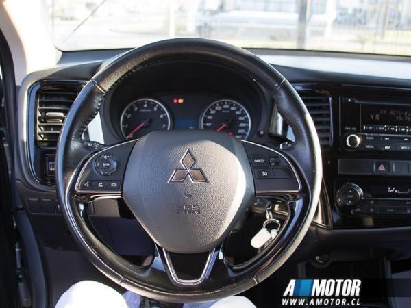 Mitsubishi Outlander Outlander 2.0 año 2017