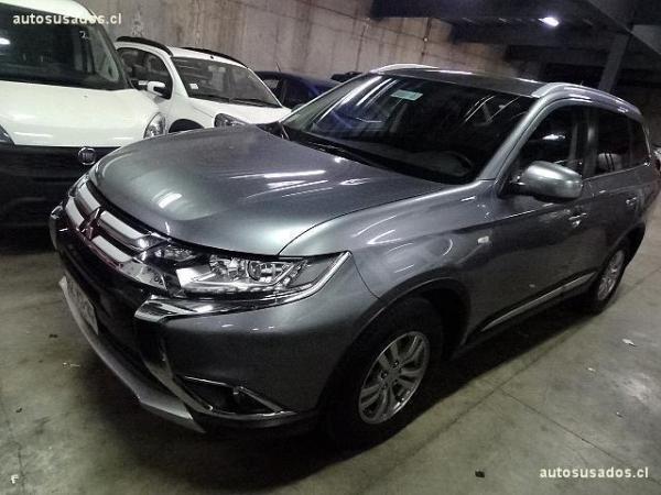 Mitsubishi Outlander  año 2017