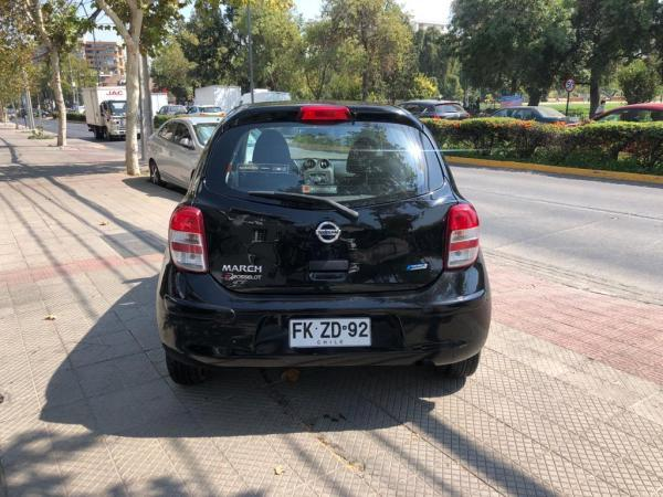 Nissan March Advance 1.6 AT año 2013