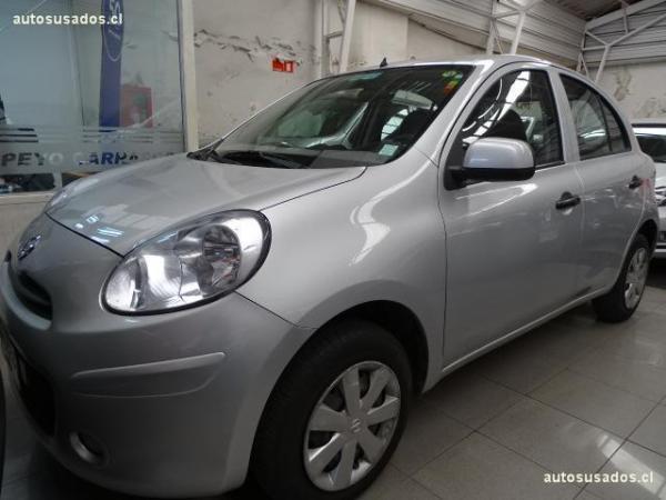 Nissan March  año 2013