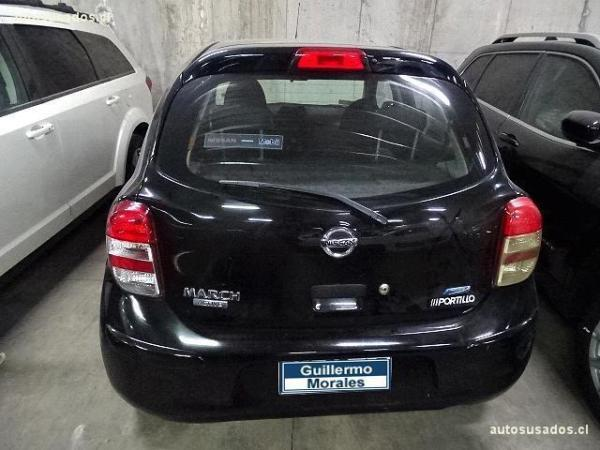 Nissan March  año 2014