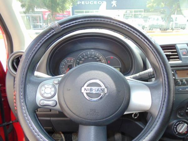 Nissan March SENCE MT año 2014