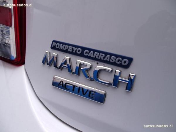 Nissan March ACTIVE año 2015