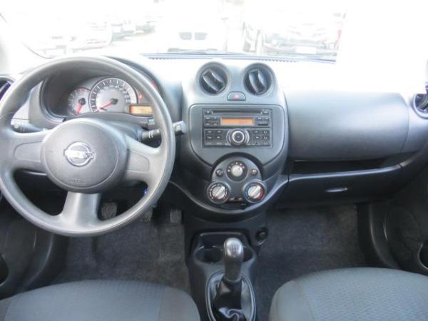 Nissan March 1.6 active año 2015