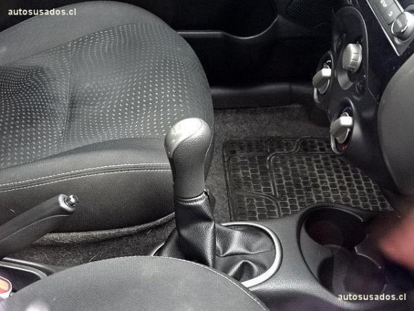 Nissan March ADVANCE año 2015