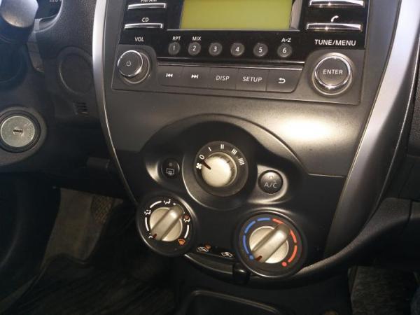 Nissan March SPORT SENSE 1.6 año 2015