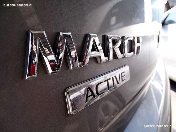 Nissan March ACTIVE año 2016