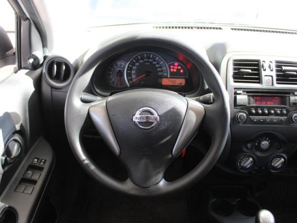 Nissan March SPORT DRIVE año 2017