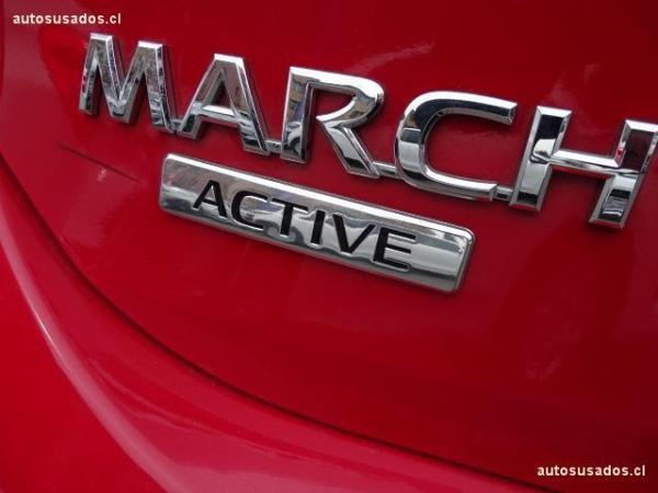 Nissan March  año 2017