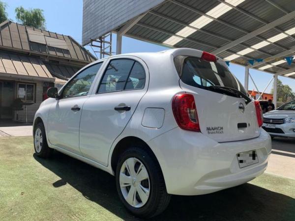 Nissan March ADVANCE año 2018