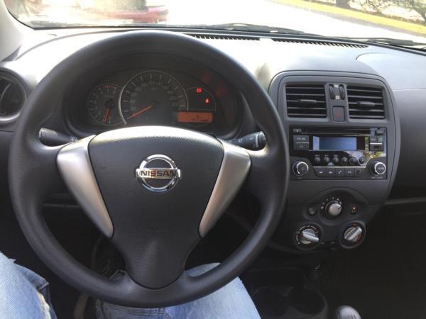Nissan March 1.6 AC MT año 2021