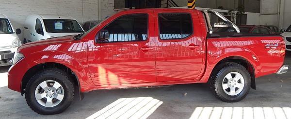 Nissan Navara 521 NISSA NAVARA DCAB TUR año 2011