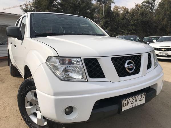 Nissan Navara 2.5 SE 4X2 ABS año 2014