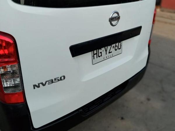 Nissan NV350 LONG DX año 2015