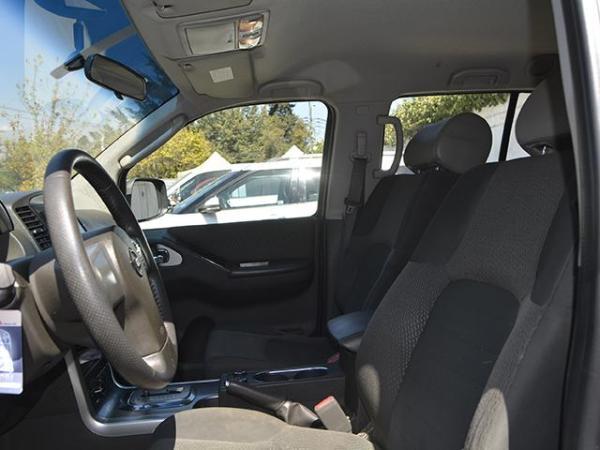 Nissan Pathfinder Pathfinder Se 4x4 4.0 año 2011