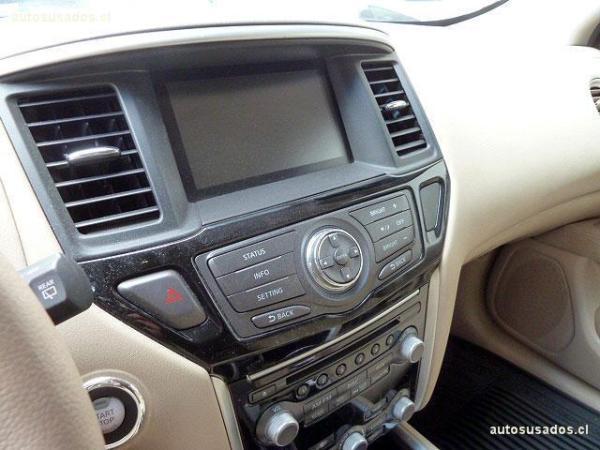 Nissan Pathfinder sense 3.5 año 2014