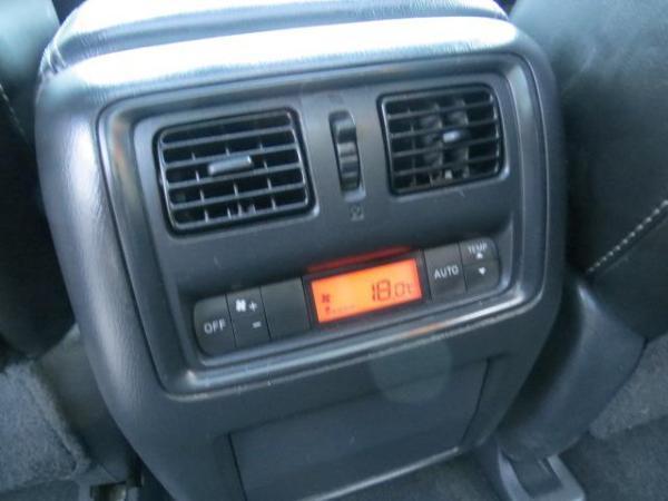 Nissan Pathfinder 3.5 ADVACE 4X2 año 2014