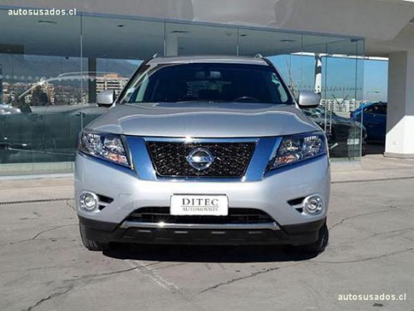 Nissan Pathfinder 3.5 AT 4WD año 2015