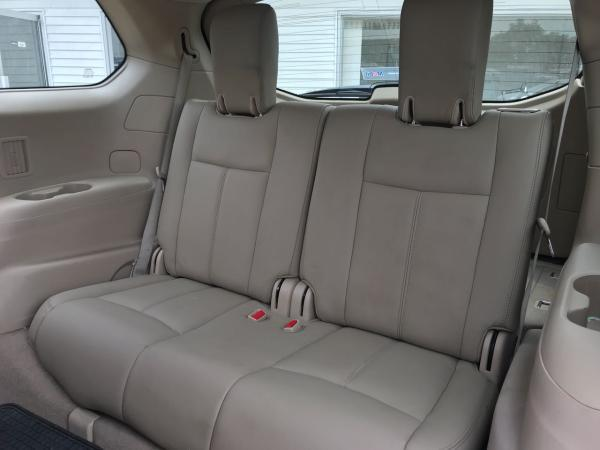 Nissan Pathfinder 3.5 SENSE CVT año 2015