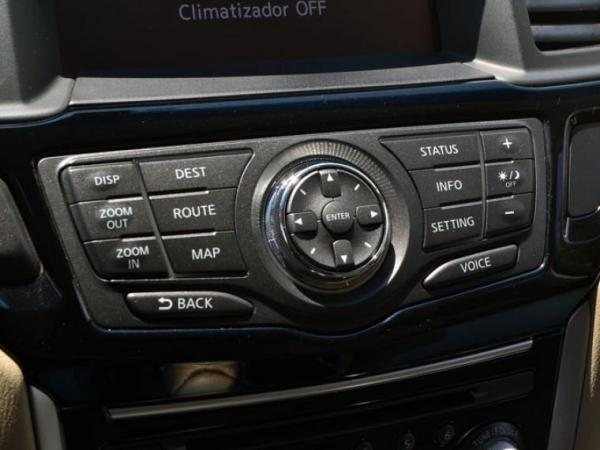 Nissan Pathfinder PATHFINDER ADVANCE 4x4 3. año 2015